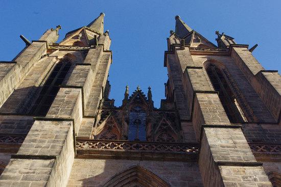 Elisabethkirche: la facciata