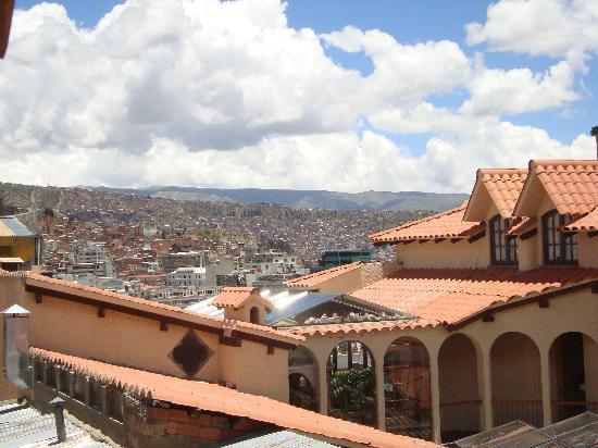 Hotel Rosario La Paz: Patio descubierto del hotel