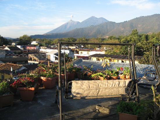 Posada La Merced Antigua: volcanic burp!