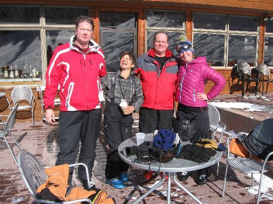 Grand Lodge Crested Butte: Lady mountain guides took good care of the tourists,