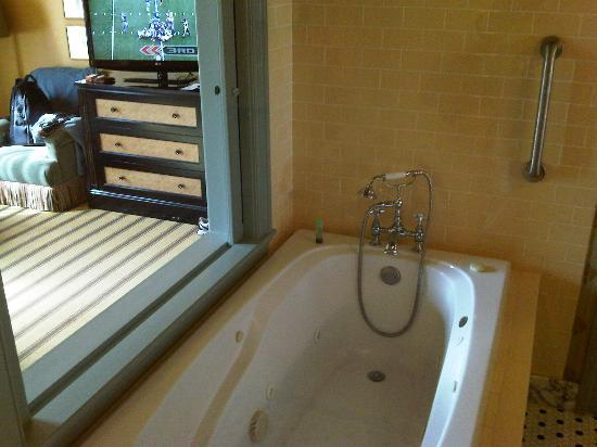 Jacuzzi With A View Picture Of Hotel Icon Autograph Collection Houston Tripadvisor