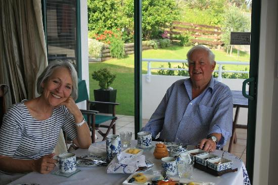 Pacific View B&B: Guests at Breakfast