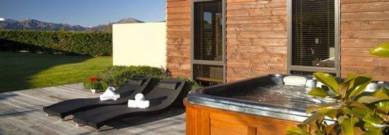 Wanaka Cottages: House-Spa Pool