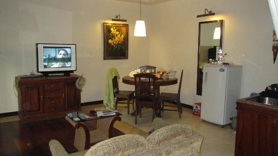 Losari Hotel & Villas: Inside Villa