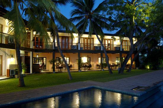 Priyankara Hotel