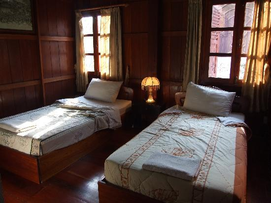 Suan Keo Guesthouse: The Room