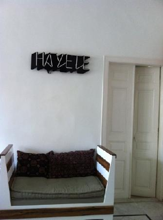 Hayete: living room