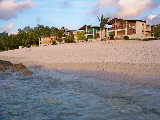 The Edgewater Resort & Spa: The Villas at the Edgewater -- Stay in the beachfront!!