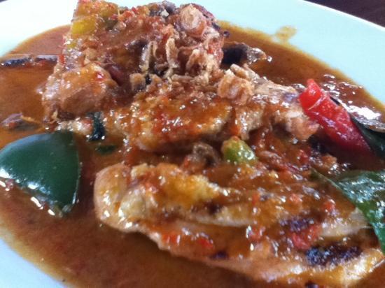 Kafe Batan Waru : Ayam Rica-Rica