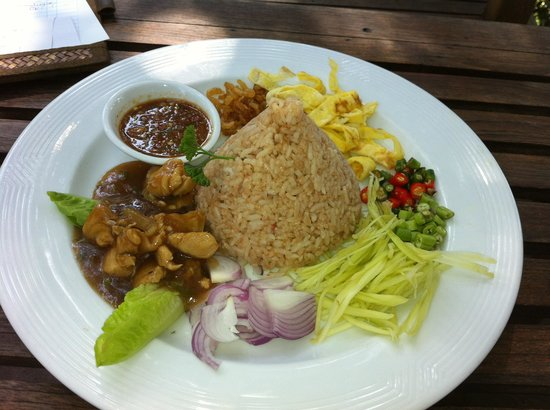 Tree Monkey: Belachan rice, tasty with lovely presentation