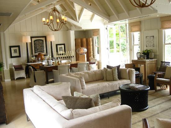Huka Lodge: Living Room