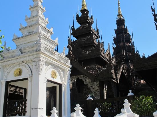 The Dhara Dhevi Chiang Mai: Spa building