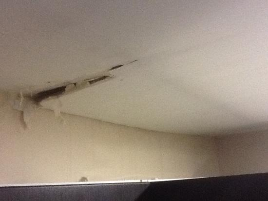 ceiling after 2nd leak in ceiling n kitchen Picture of Azul