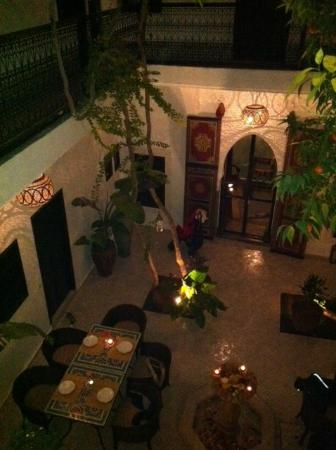 Riad Lhena: Looking down from the first floor