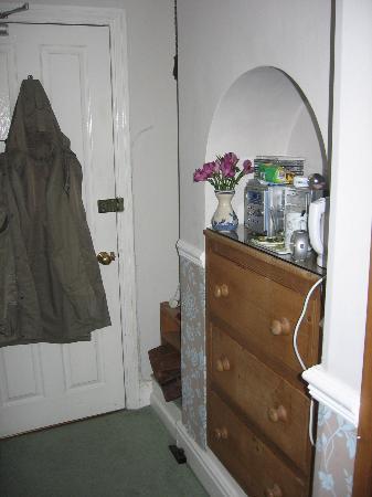 Avondale Guest House: enter Daisy