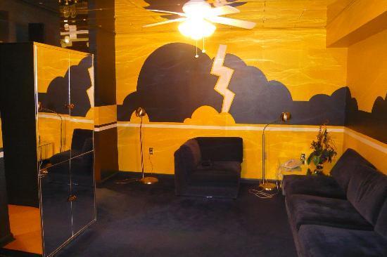 Tv Room In The Graceland Suite Picture Of Elvis Presley 39 S Heartbreak Hotel Memphis Tripadvisor