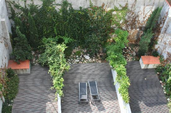 Apartments Casp74: Courtyard
