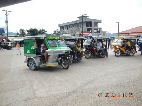 Darayonan Lodge: tricycles at 8 pesos per person