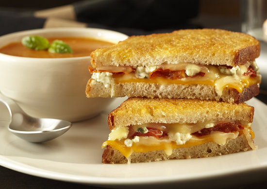 Yard House: Grilled Cheese & Tomato Bisque
