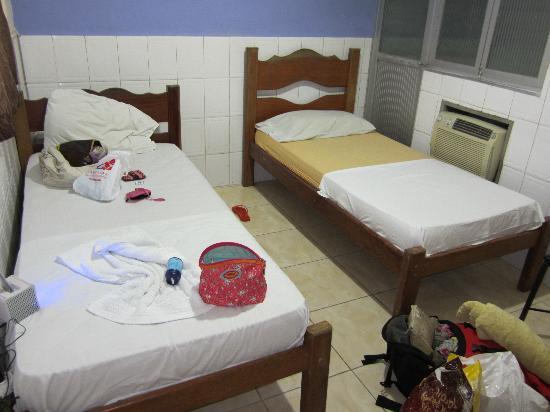 Hotel Dez de Julho: dorm Hotel 10 de Julho