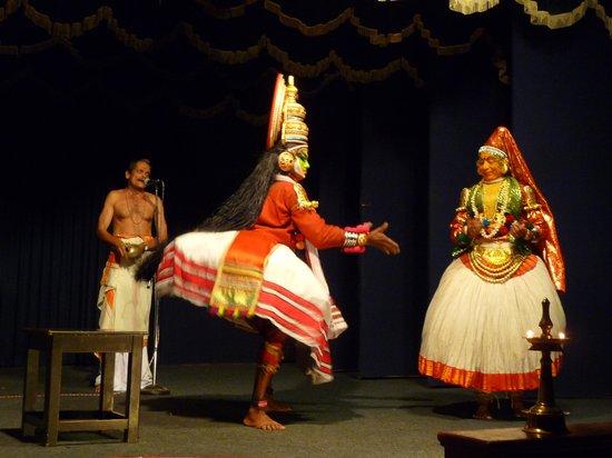 Greenix Village : una scena del kathakali