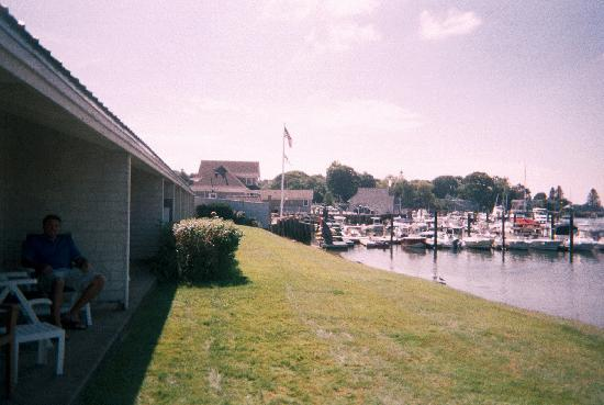 Yachtsman Hotel & Marina Club: Great waterway to well maintained boats