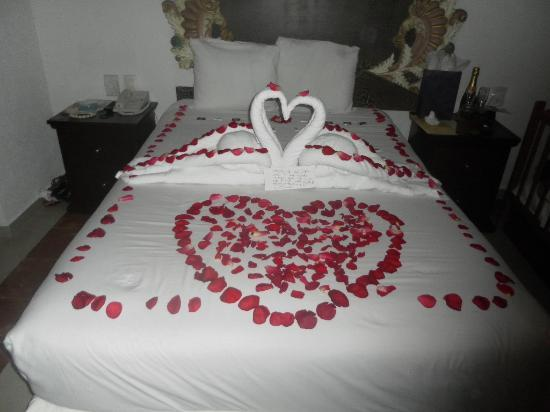 Panama Jack Resorts Gran Caribe Cancun Wedding Night