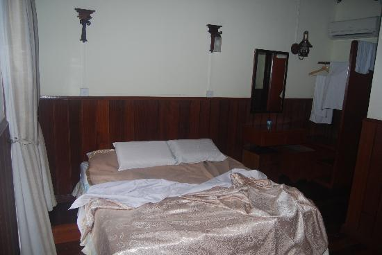 Nipah Lodge: Room itself