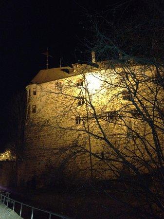 Hotel Burg Abenberg: main keep from car park