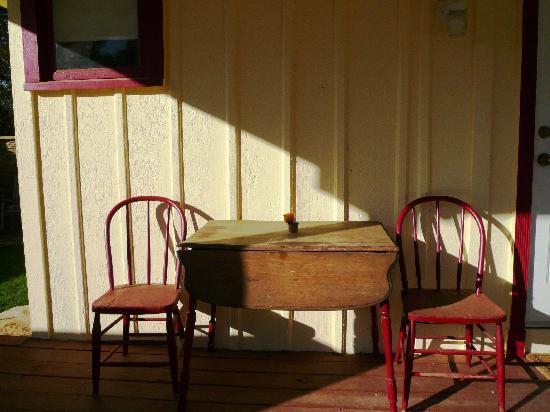 Bear Creek Retreat: The Cottage Porch