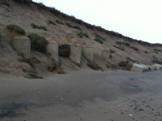 Balmedie Beach : trumpton by the sea