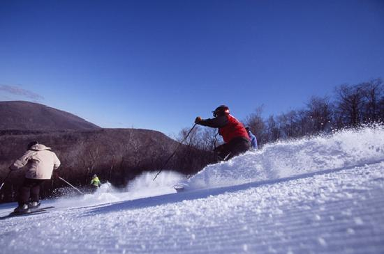 Massachusetts: Skiing at Jiminy Peak