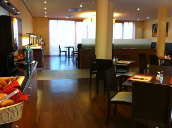 Star Inn Hotel Frankfurt Centrum: Frühstücksraum