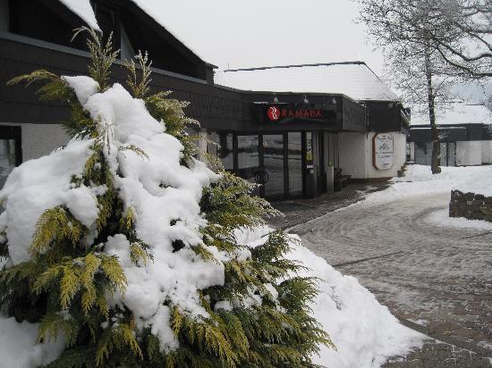 H+ Hotel Willingen: Eingangsbereich (Bergseite)