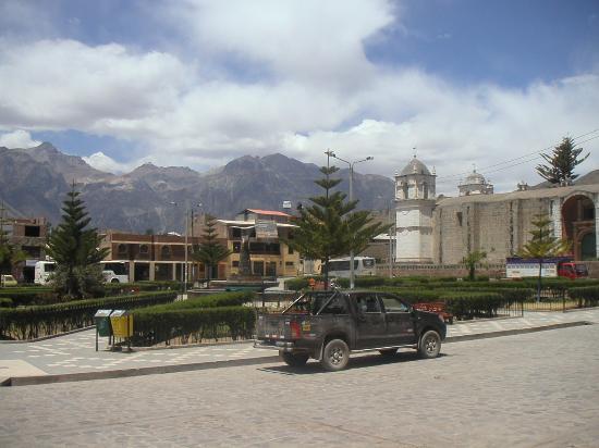 La Posada del Conde: The plaza, Cabanaconde