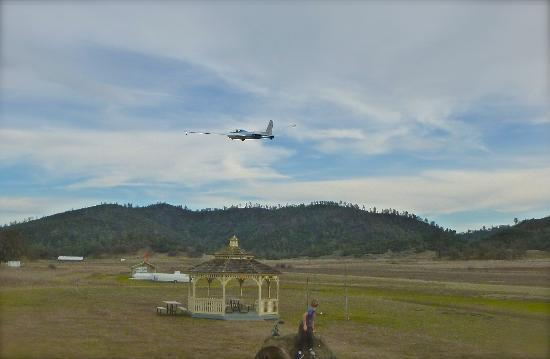 Crazy Creek Air Adventures: Low fly-by so we could wave at our fam!