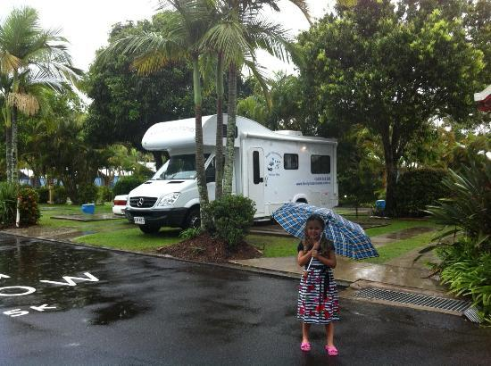 Gateway Lifestyle Maroochy: Our big lovely motorhome easily fit on the spacious powered sites at Maroochy Palms Big 4