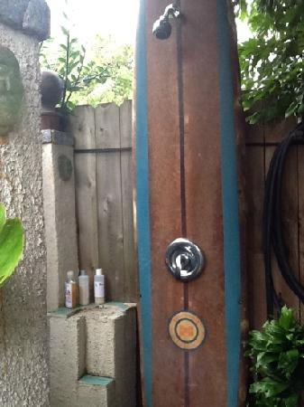 Hanalei Surfboard House: the outdoor shower with amazing water pressure and organic shampoo!