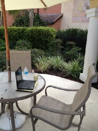 TownePlace Suites The Villages: wifi by the pool