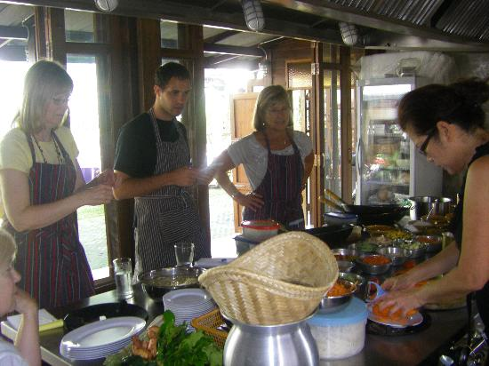 Dash! Restaurant and Bar: cooking class