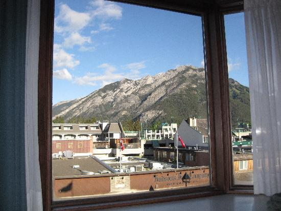 Mount Royal Hotel: Banff in summer