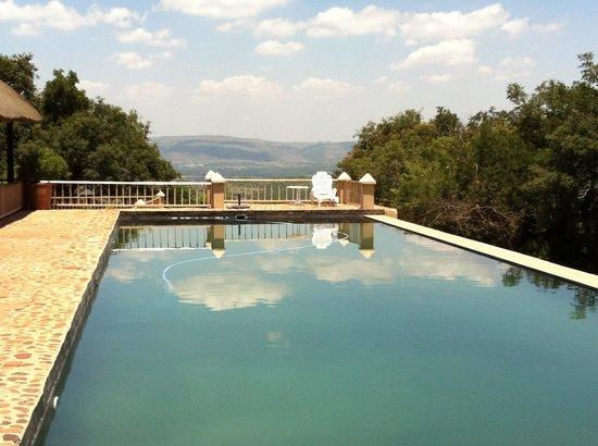 Steynshoop Mountain Lodge : Pool area