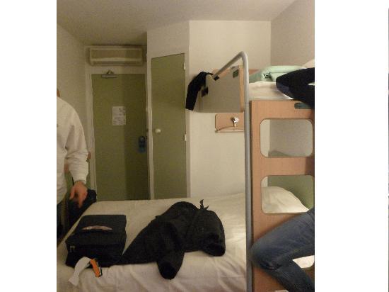 Ibis Budget Mulhouse Dornach : l'interno della camera