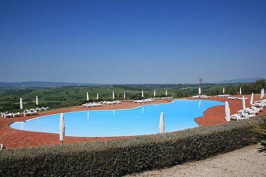 Belmonte Vacanze: The glorious pool
