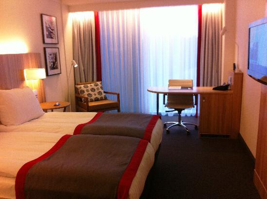 Radisson Blu Waterfront Hotel: Zimmer