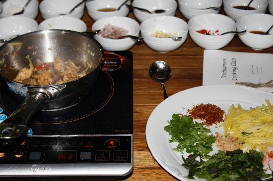 L'Alyana Ninh Van Bay: Cooking Class