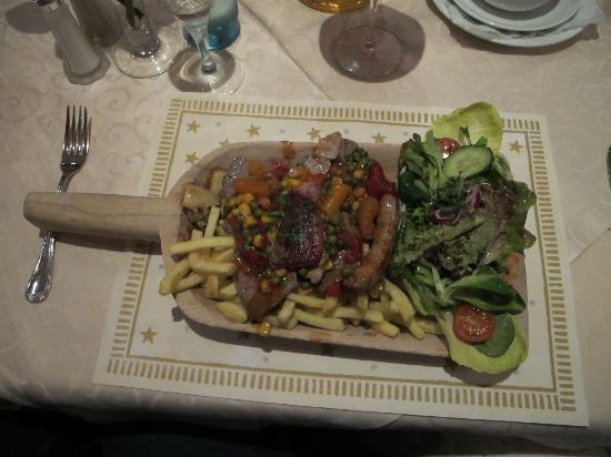 Restaurant Feldbergblick: The Shovel Dinner