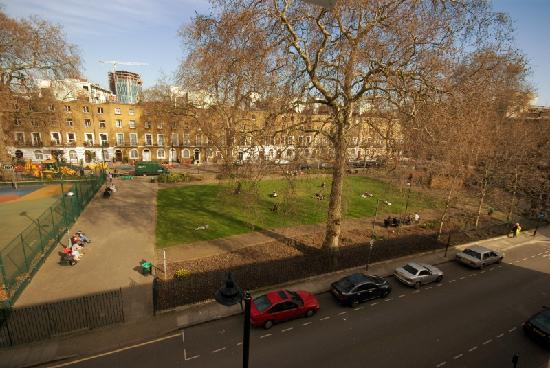 Excelsior Hotel London: view of the Park