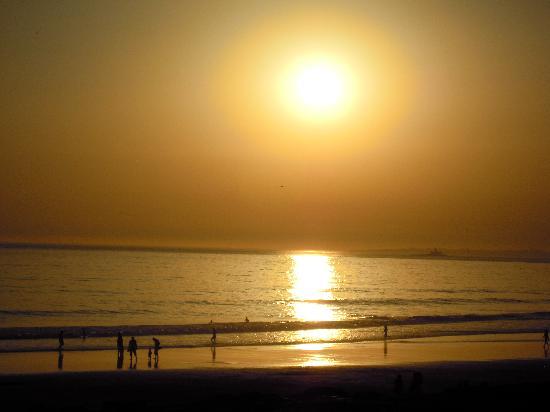 Hotel Praia do Sol : Пляж Коста де Капарика. Закат