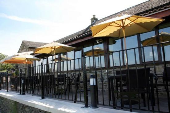 The Fox & Goose Inn: Outside Deck